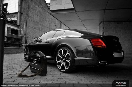 stylish-automobile-carbon-fiber-briefcase-3.jpg