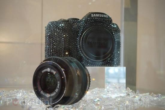 swarovski-crystal-samsung-cameras-4.jpg