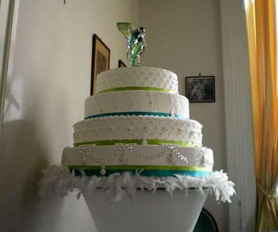 swarovski-wedding-cake2.jpg