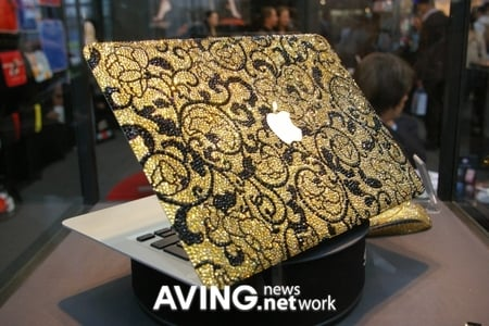 swarovski_macbook_air_2.JPG