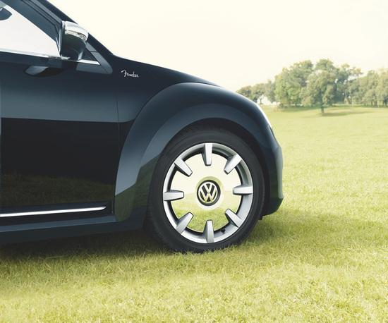 volkswagen-beetle-fender-edition-3.jpg