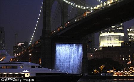 waterfalls_newyork_2.jpg
