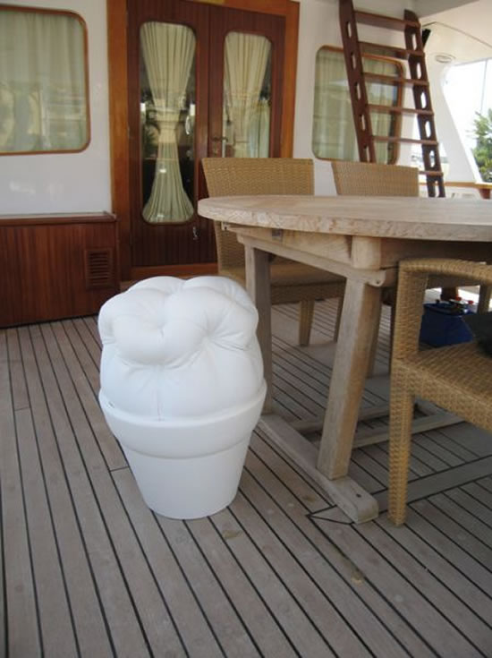 weatherproof-bling-furniture-3.jpg