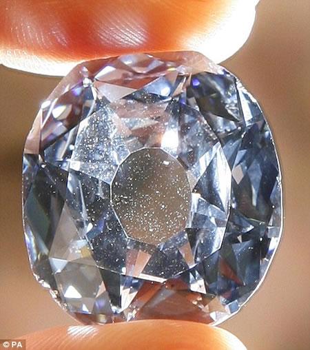 wittelsbach_diamond_2.jpg