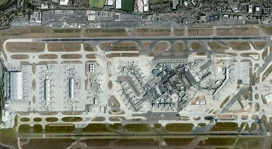 world's-biggest-airport-uk5.jpg