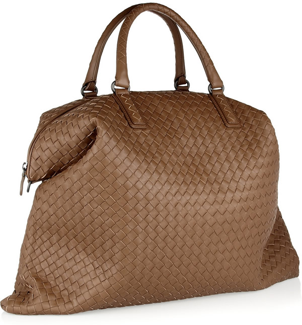 """ff92b84ac9c0 With measurement of 22"""" x 17"""" x 2"""" this bag is roomy and perfect to carry  all a woman s essentials. This  4"""