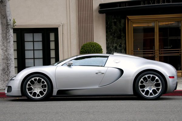 bugatti veyron s transmission costs more than two porsche boxters luxurylaunches. Black Bedroom Furniture Sets. Home Design Ideas