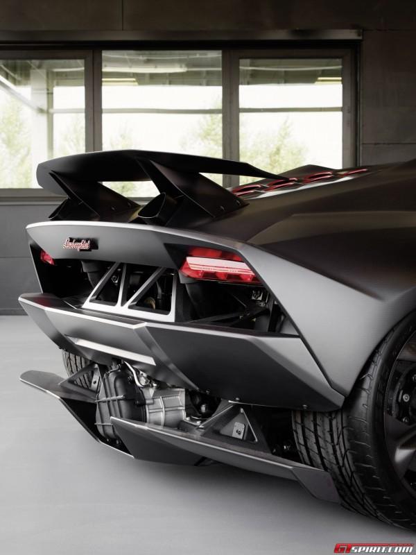 Lamborghini Sesto Elemento Goes Under Production