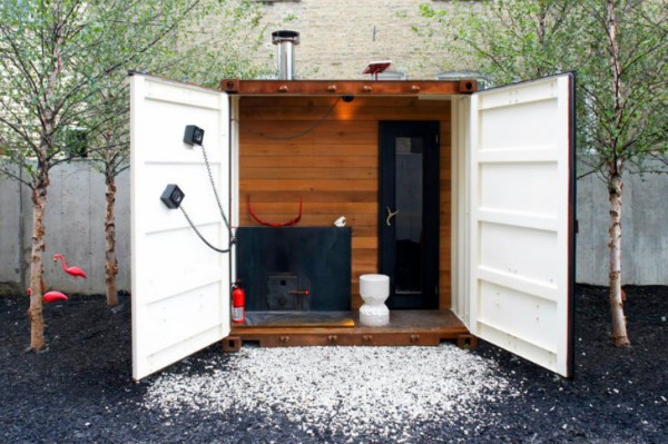 Portable Sauna Box Warms Up With An Ipod Stereo And