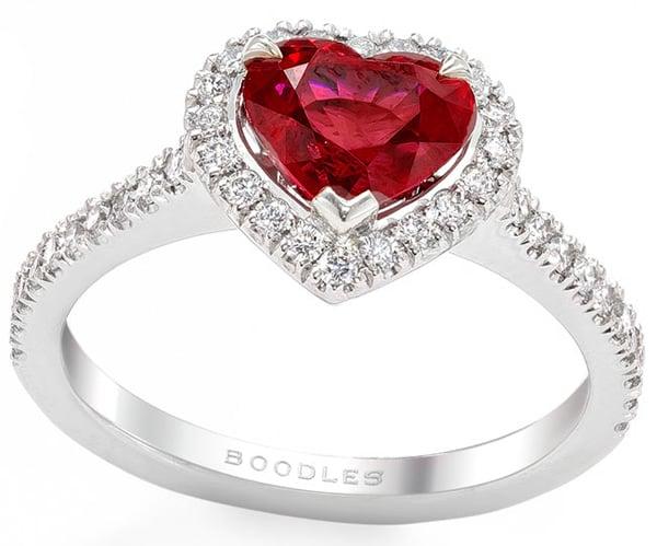Dazzling gift ideas for Valentine