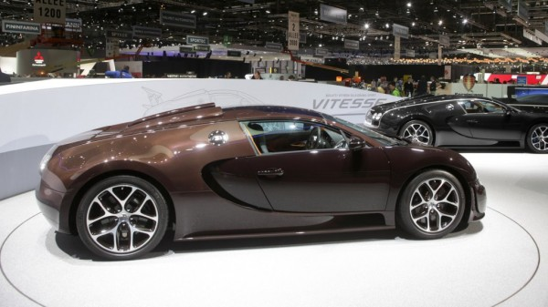 The Two Bugatti Vitesseu0027s On Display Show A New Color Scheme As Well As  Bugatti Perfected Carbon Construction. The Bronze Colored Vitesse Is  Finished With ...