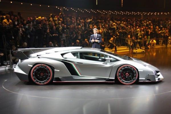 This Lamborghini Veneno Hyper Car ...