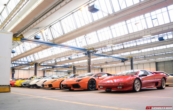A peak inside a garage packed with 1100 sports luxury and for 10 piani di garage per auto