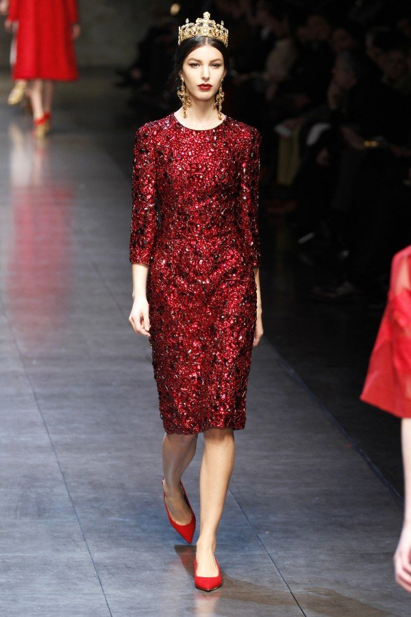 dolce-and-gabbana-red-dress-1