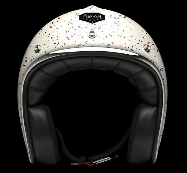 ill-studio-helmets-3