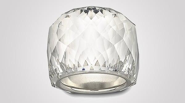 nirvana-crystal-baby-necklace-4